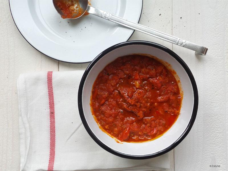Basis tomatensaus